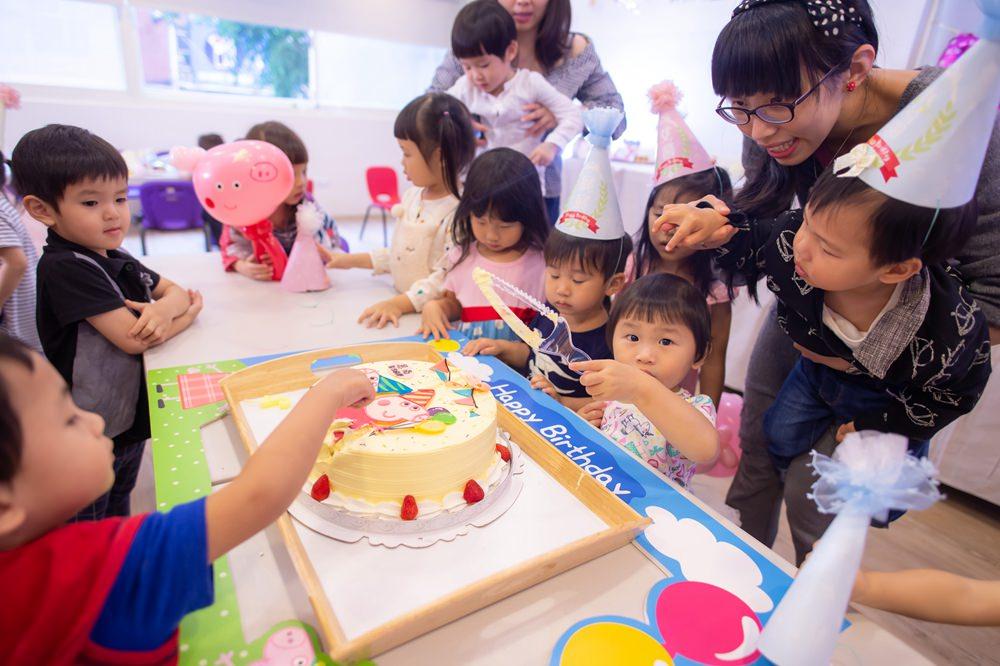 客製手工蛋糕推薦-cake巧媽。客製佩佩豬蛋糕,小孩慶生蛋糕推薦