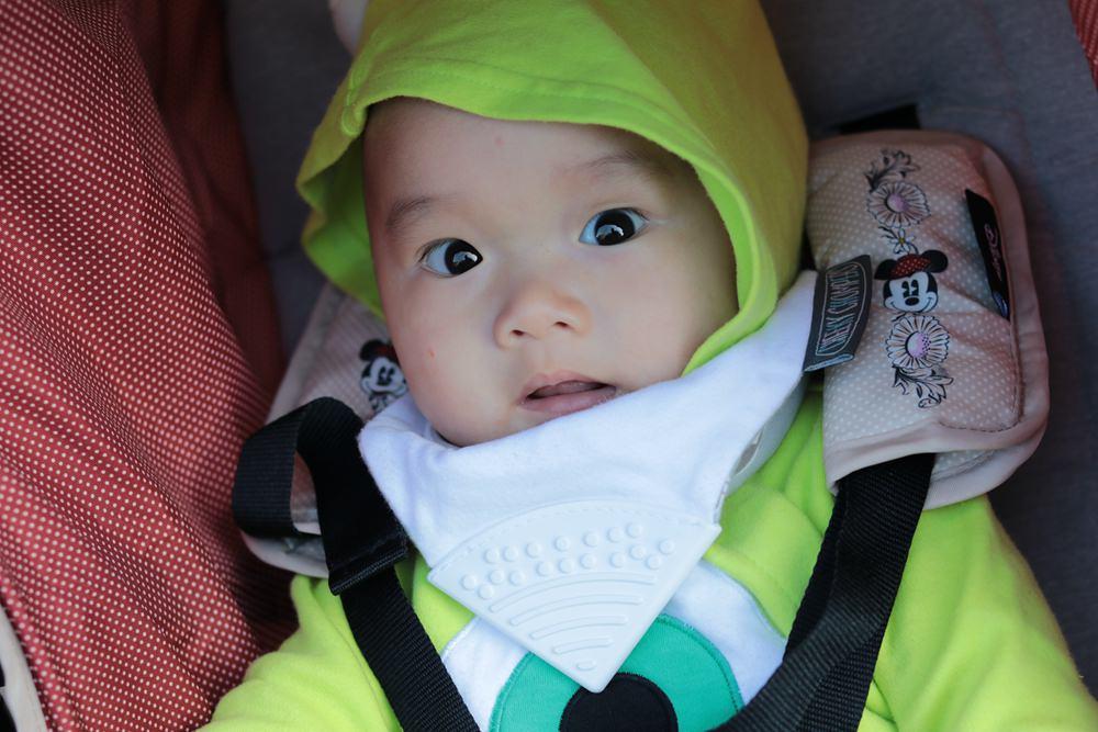 Easywalker寶寶推車,單手秒收秒放。出國可登機,嬰兒推車大推薦