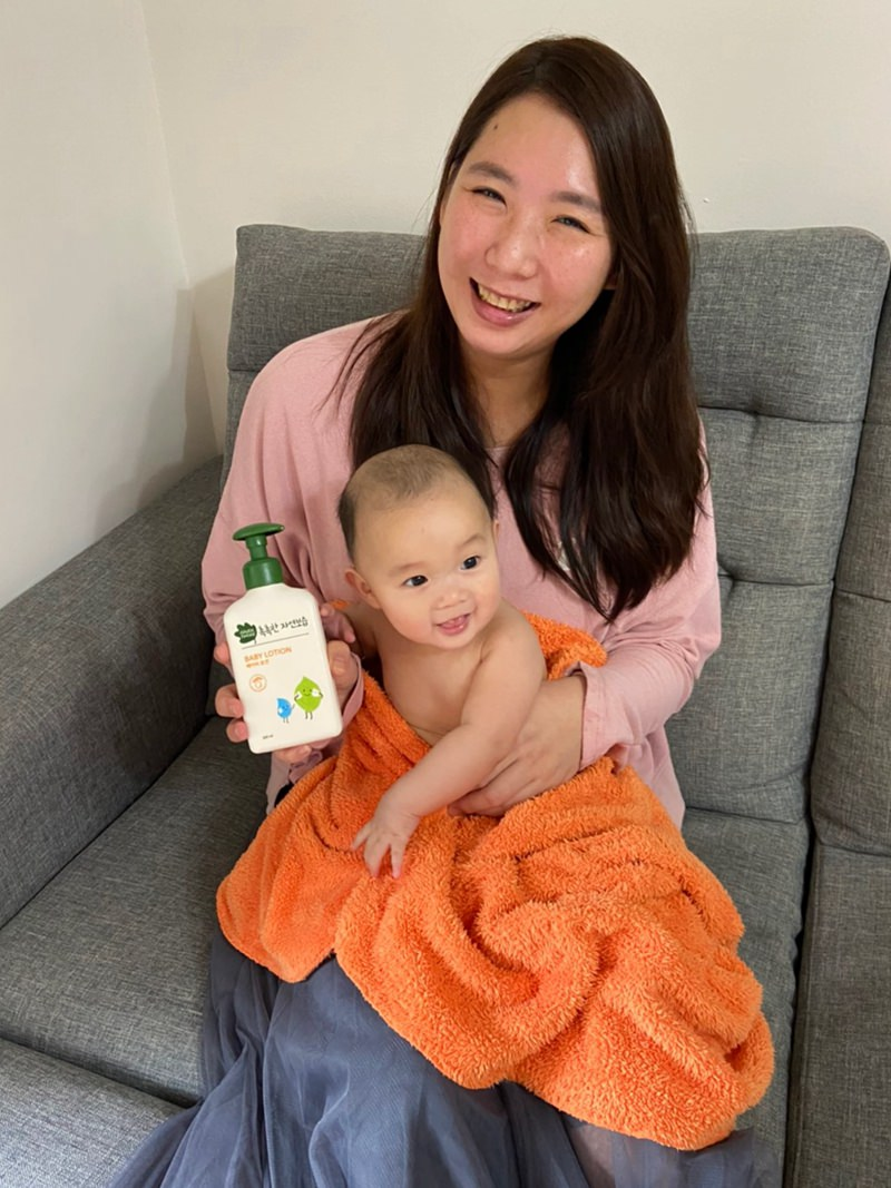 韓國寶寶洗沐推薦-綠手指GREEN FINGER嬰幼兒洗髮精、沐浴乳、乳液 ▋植物萃取三效保水成份,新生寶寶適用