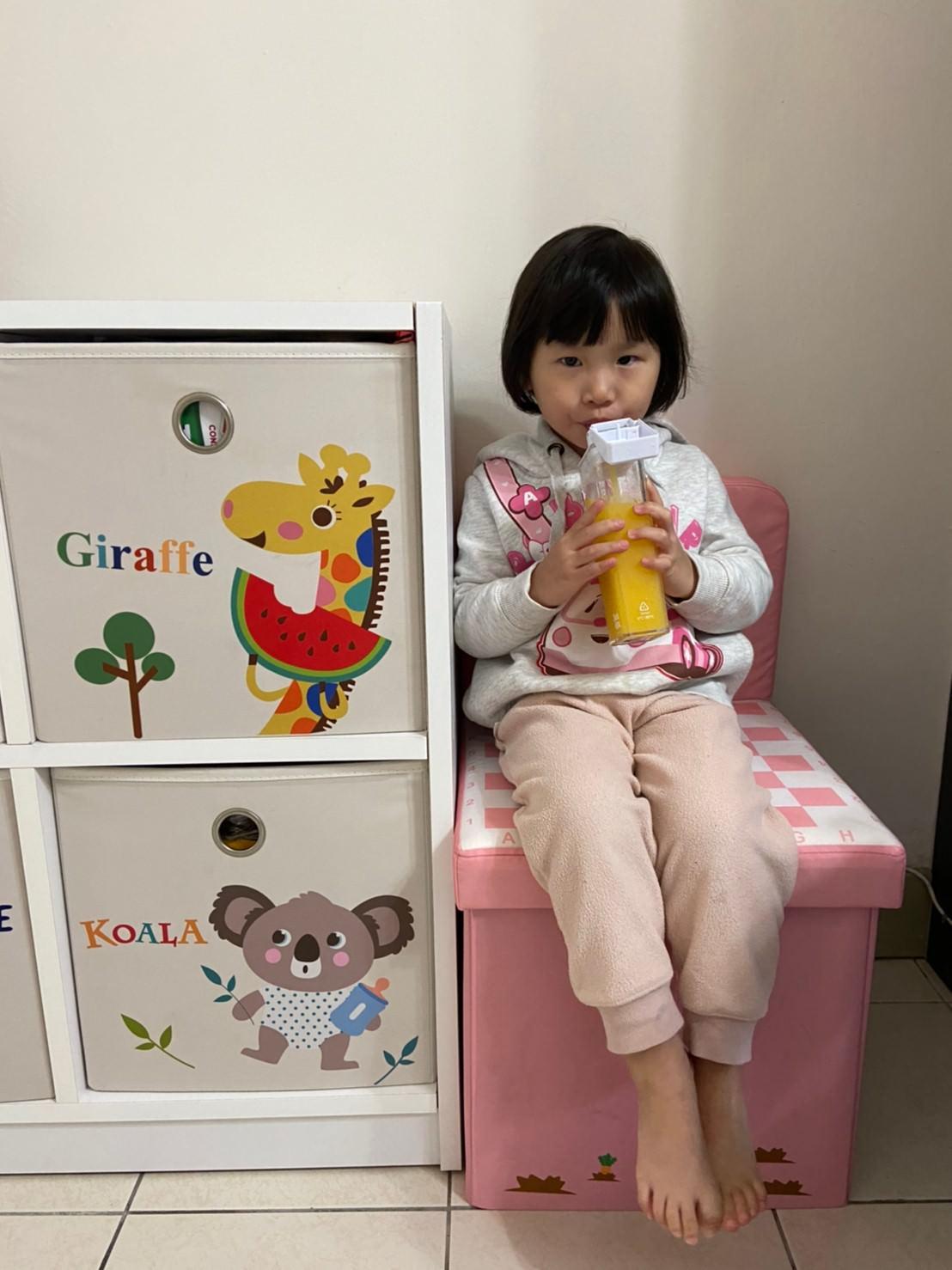外出綜合團。DRINK IN THE BOX 方形水杯、SNACK IN THE BOX零食罐、韓國JUJU隨身小馬桶、韓國RICO抗菌濕紙巾