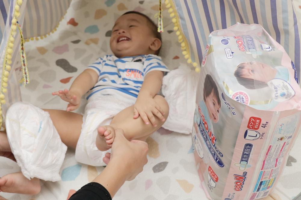 日本大王GOO.N PLUS肌快適設計跳跳褲。 新款褲型紙尿褲,保濕成分升級,膠原蛋白、玻尿酸呵護嬌嫩屁屁