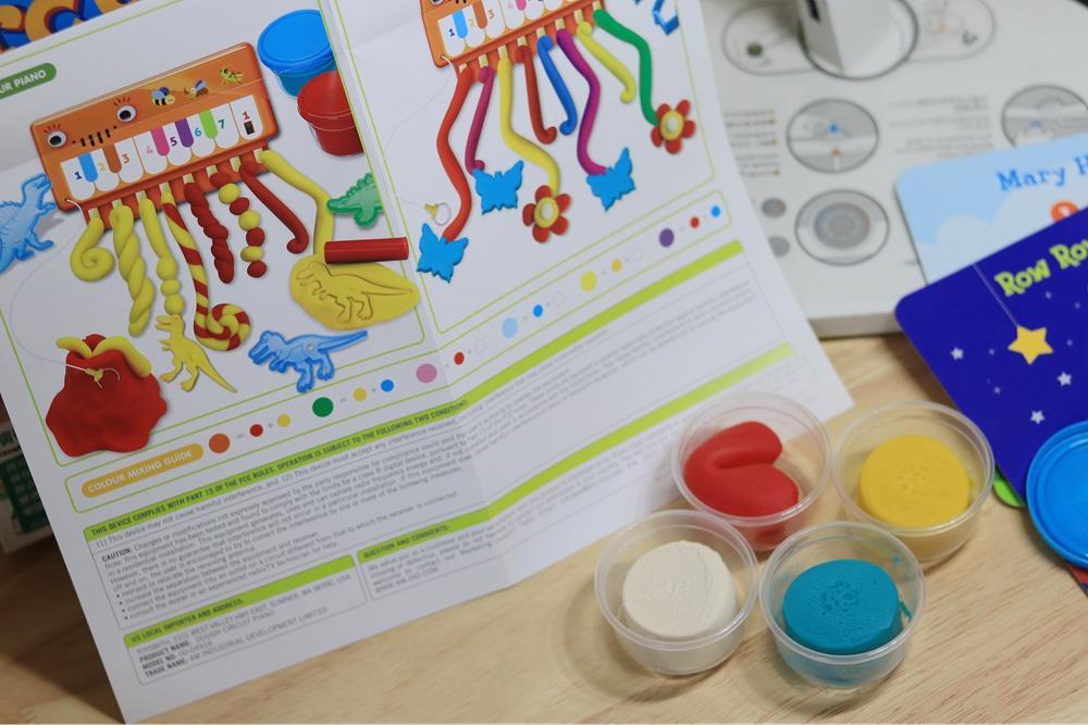 英文童書、4M玩具團購-演奏黏土鋼琴、生日派對組合、貼紙遊戲書、彩繪玻璃貼、字母書、音效書等