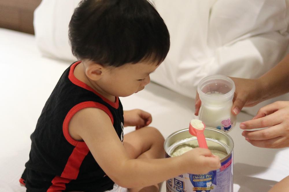 免費一對一營養師諮詢。能恩3成長配方,讓寶貝體格、牙齒、骨骼發展一級棒