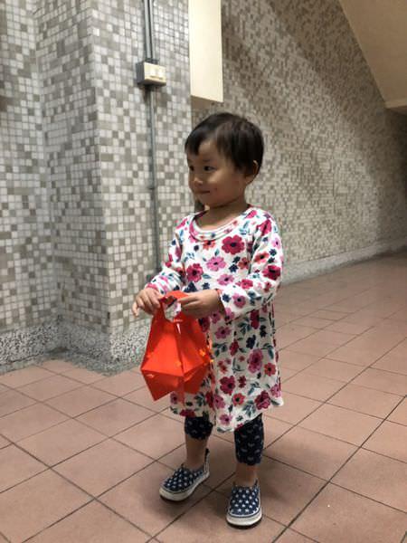 【寶寶】超簡單用紅包袋DIY燈籠(親子DIY)
