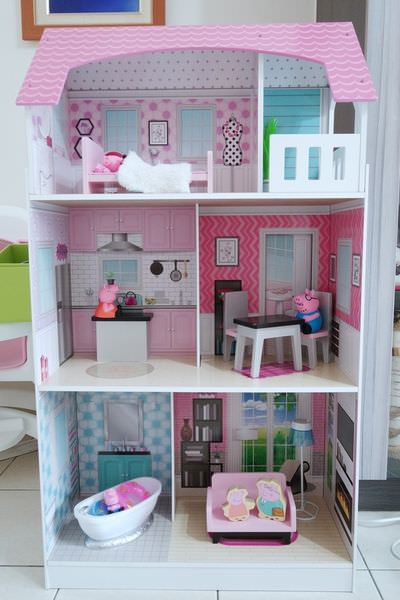 平價玩具廚房。Teamson Kids艾芮兒奇境2合1木製娃娃屋廚房組開箱