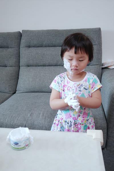 媽媽包必備。Bübchen貝臣雪花膏、貝臣萬用護膚霜 ▋寶寶保養推薦