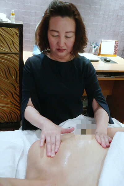 【媽媽】岳琳老師專業美胸保養 ▋北市東區,母乳媽媽胸部保養