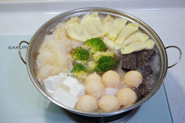 【生活】酸中傳奇。金門高粱酸白菜包 ▋夠酸夠對味,簡單在家裡煮酸白菜火鍋