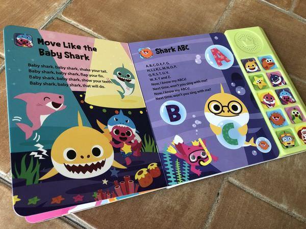 【寶寶】PinkFong碰碰狐有聲書/BabyShark音樂書開箱分享 ▋ 多首經典歌曲,BabyShark、SharkABC、Shark123