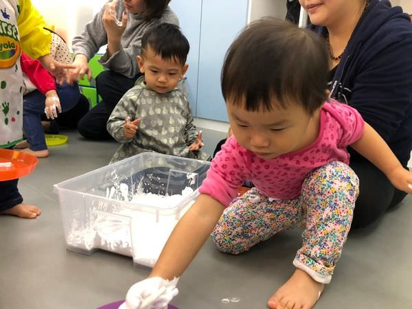 【寶寶】台北親子課程分享‒共玩谷親子玩習所 ▋含環境介紹、上課費用、課程心得